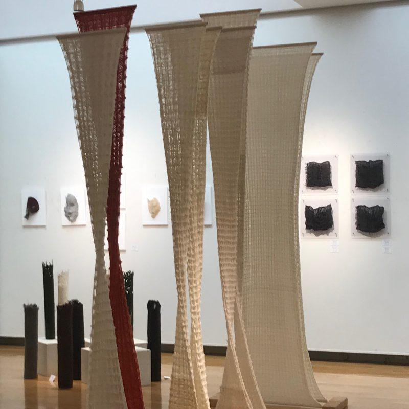 アート ITOBA展展示風景 福岡アジア美術館にて 清水まゆみフェルトアート&ファイバート
