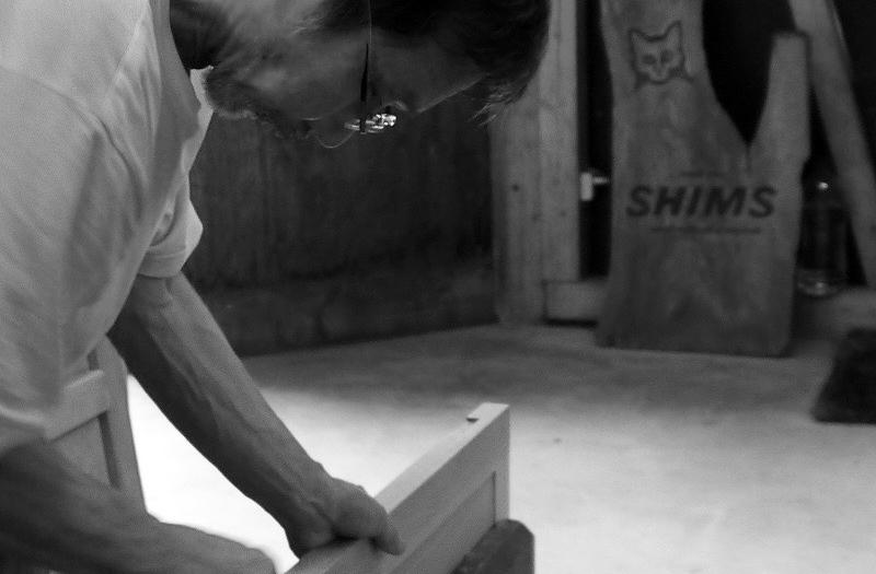 木工家具作家清水久勝の制作風景