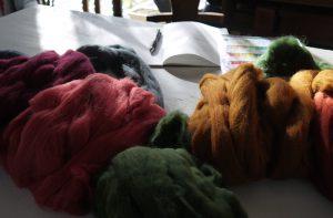 ワークショップで使用するための羊毛ウール